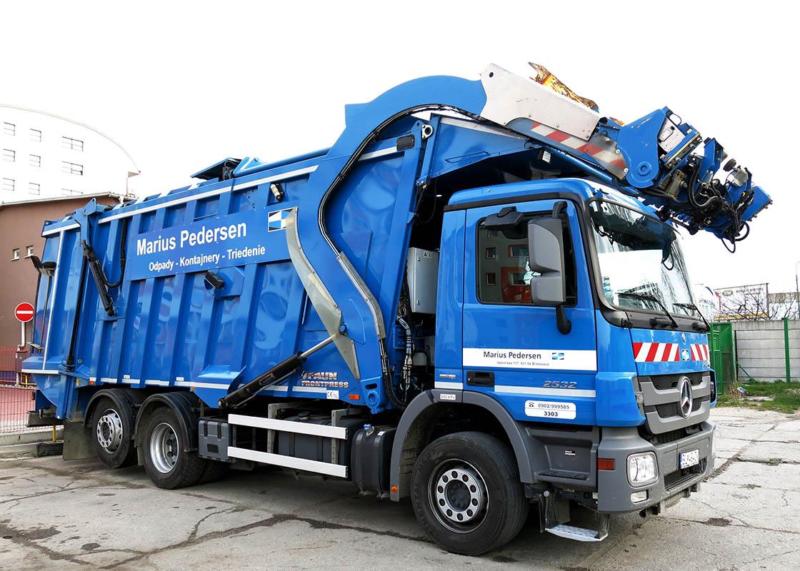 zber odpadu vozidlami